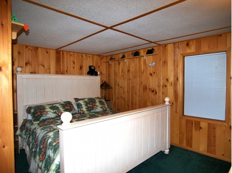King Bed, Flat Screen TV, Dressers, Closets, Night Stands