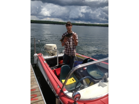 Beautiful lake, dock provided and good fishing