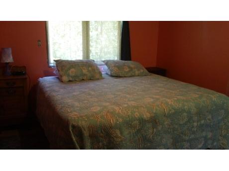 Pirate Bedroom- sleeps 6 1 king, 1 full, 2 twin