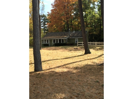 Cottage E: Fall Color Change