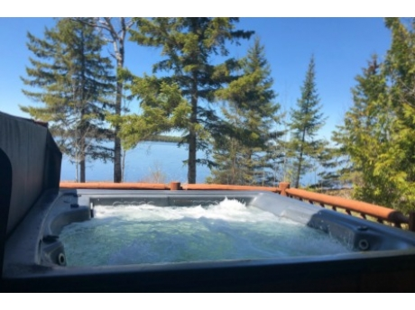 Hot tub with an amazing view~
