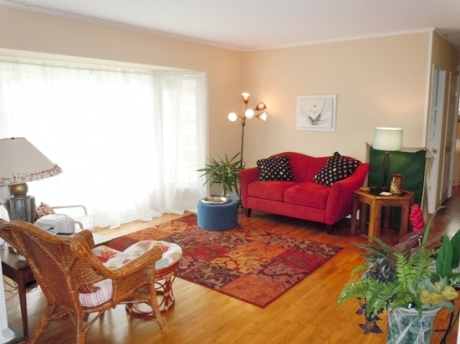 Bright Living Room with Big Bay Window