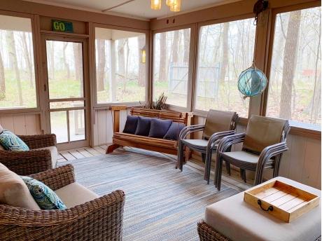 Beautiful Screen Porch with Relaxing Views
