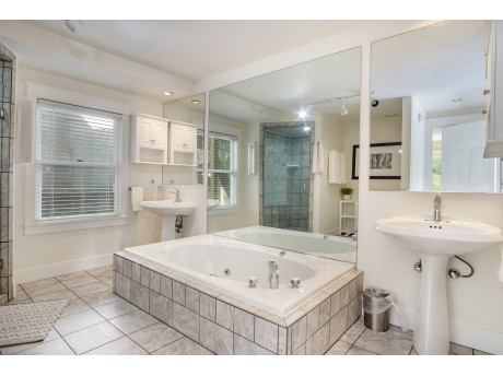 Middle Level Full Bathroom with Jacuzzi tub and walk in shower