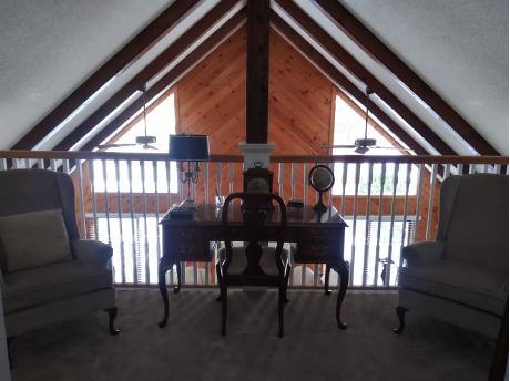 balcony office