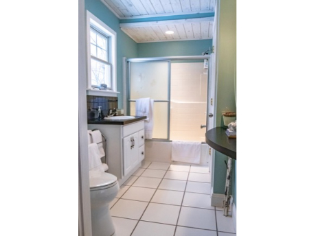 Full bath opens to loft bedroom and to living room hall!